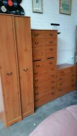 Bedroom set Excellent condition