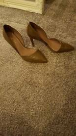 Reiss ladies shoes size 37