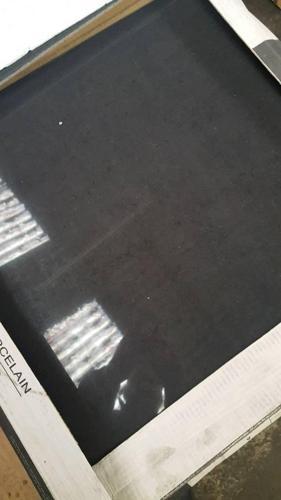 Black porcelian 60x60 tile