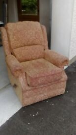 FOR SALE - RECLINER CHAIR