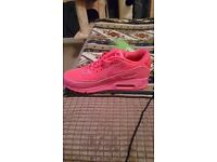 For sale womens pink nike air max size eu38 uk 4.5 brand new