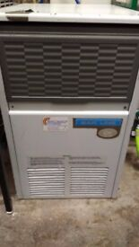 Bar Line Automatic Ice Maker Model B 21 AS