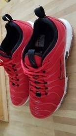 Nike tn air trainers (size10)