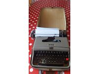 Old fashioned type writer for sale