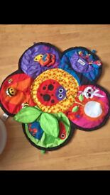 Lamaze spin and explore tummy time Mat