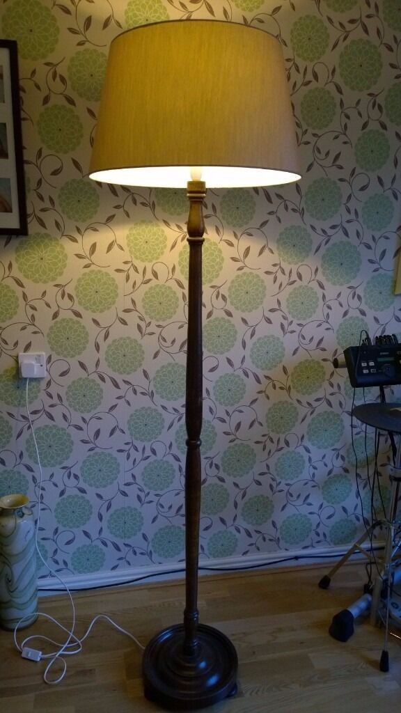 STANDARD LAMP DARK OAK WITH NEUTRAL SILK SHADE. SMOKE FREE HOME.