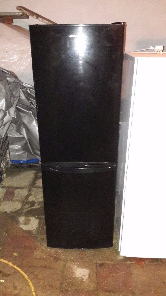 dd85995bf2 bush  black  fridge freezer  only £120  collection delivery  no offers