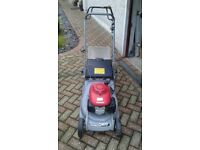 Honda self propelled roller mower excellent condition.