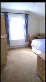 Single Room F E M A L E O N L Y £380pcm