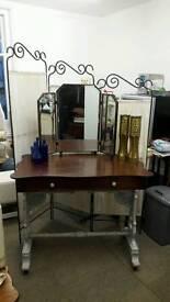 Desk/Dresser/Dressing table