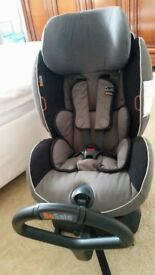 BeSafe iZi Combi Isofix rearward- & forward-facing car seat