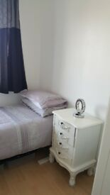 Small single room for rent