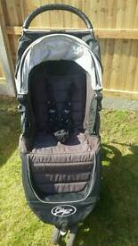Baby Jogger City Mini pushchair with newborn carry cot