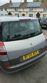 Seven seater Renault Scenic
