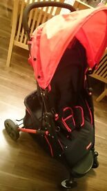 pushchair travel system like brand new ,car seat and stroller