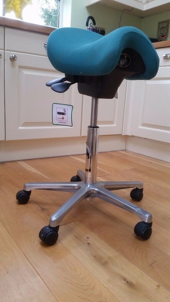Back relief office chair