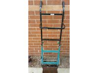 Move it big and strong 2 way trolley in used condition!can deliver!