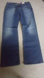 BNWT Ladies Fieretrap Jeans. W32 L32