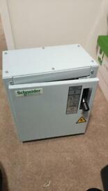 Schneider 250A 4pole isolator