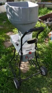 Ryobi 2.5hp Electric Garden Mulcher