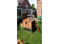 Chicken coop with side run