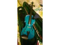 Full size Electro Acoustic Violin - barely used (with Case, bow, and shoulder rest)