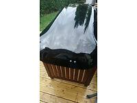 TAURUS 500 L Car Roof Box