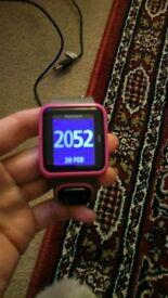 Tomtom runner GPS fitness tracker