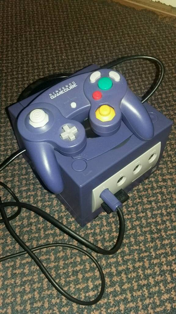 Nintendo Gamecube Console with games