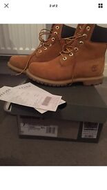 Size 5 Wheat coloured Timberland Boots