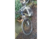 Giant Atx 840 (classic 20 year old bike) mens size large mtb