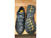 Dewalt safety shoes UK 8 /industrial footwear