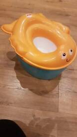 Potty/toilet seat with step