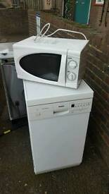 Free oven, microwave, and dishwasher. Must be gone by tomorrow, pick up only