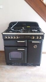 Range Type Cooker with Electric Oven and 5 Gas Rings