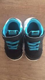 Nike Boys Infant Size 5.5UK Trainers. Good Condition. Plenty Of Life Left In Them.