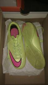 Nike mercurial football boots UK 3 junior