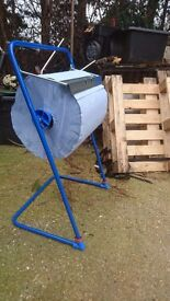 Blue Steel Floor Stand for Wiping Rolls, Katrin. For rolls up to 40cm wide, mechanics, decorators