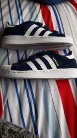 Adidas superstars size 1