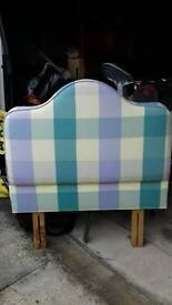 Headboard pretty check material good condition
