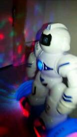 AMAZING ROBOT LIGHTS AND SOUND £8
