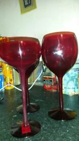Set of 2 wine glasses and 2 flutes