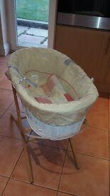 Mamas & Papas Moset Basket including stand