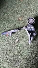 Seat leon alternator belt tensioner