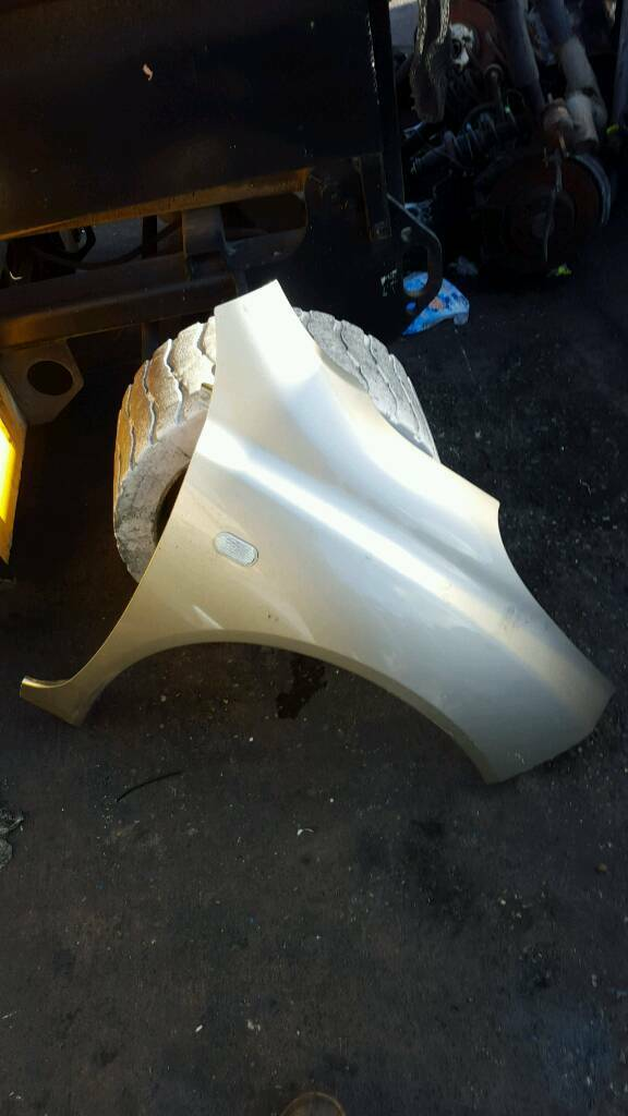 NISSAN MICRA DRIVER SIDE WING