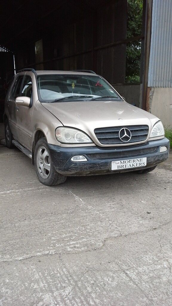 **FOR BREAKING** 2005 Mercedes ML270 Cdi.