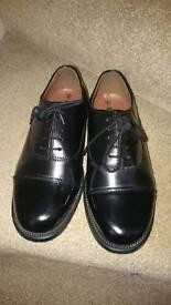 Parade shoes size 6