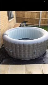 Clever spa hot tub still like new 5 month old