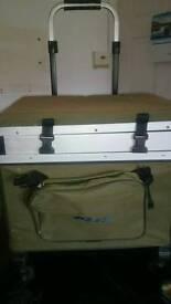 Bison Fishing box