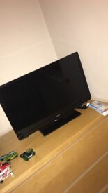 24 inch tv with built in dvd